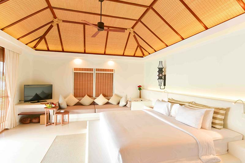 Royal_Sands_BEachfront_pool_villa_Bedroom_3.jpg