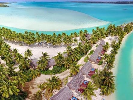 Aitutaki-Lagoon-Private-Island-Resort_beachfront-bungalows.jpg