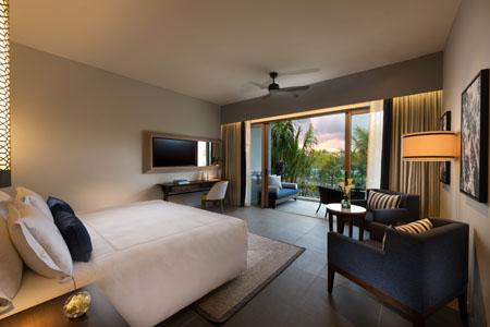 Anantara_Iko_Mauritius_Resort_And_Villas_Guest_Room_Premier_Garden_View_Room_Bedroom_View.jpg