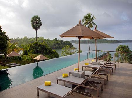Tri-Lanka_Pool.jpg
