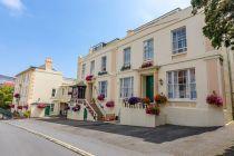 2* Pandora, Guernsey